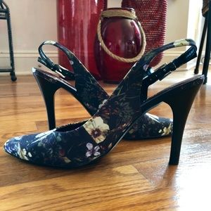 Nine West Grace floral pointy slingback heel Shoes